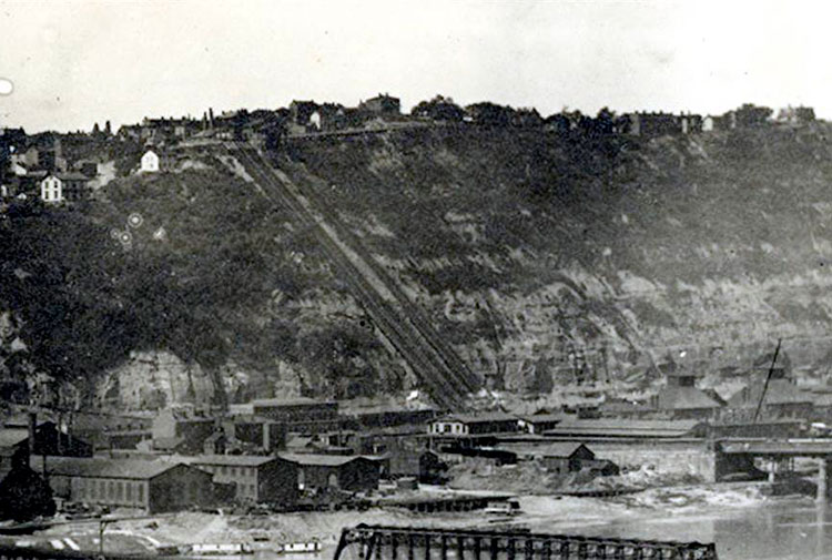 The Mon Incline circa 1888. The smokestacks of the powerhouse are visible here.